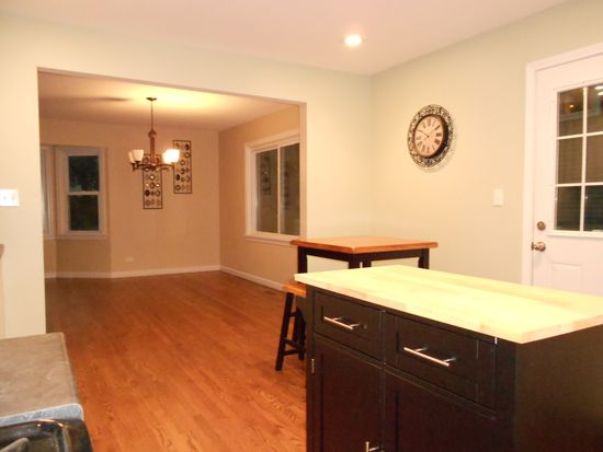 1351 Evergreen Rd, Homewood, IL 60430
