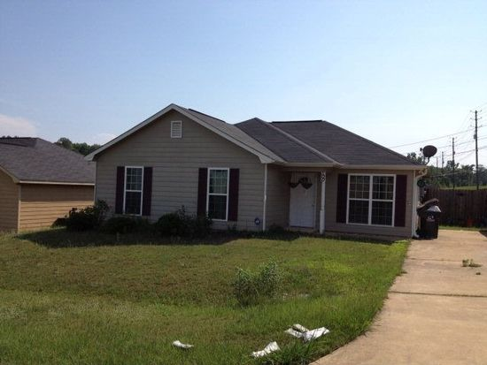 500 Lonesome Pine Rd, Phenix City, AL 36869