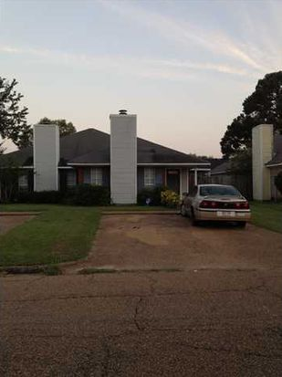 2401 River Oaks Blvd, Jackson, MS 39211