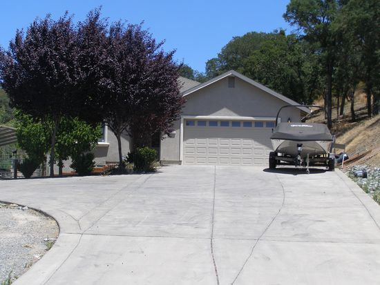3611 Laurent Dr, Valley Springs, CA 95252