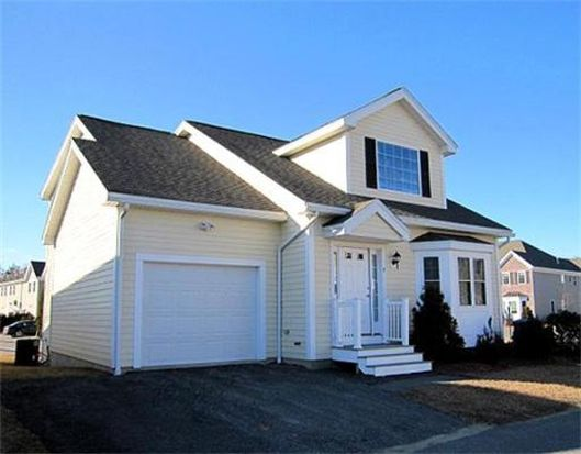 5 Den Worth Bell Cir UNIT 5, Haverhill, MA 01835