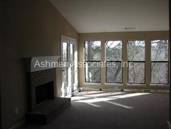 229 Warm Springs Cir, Roswell, GA 30075