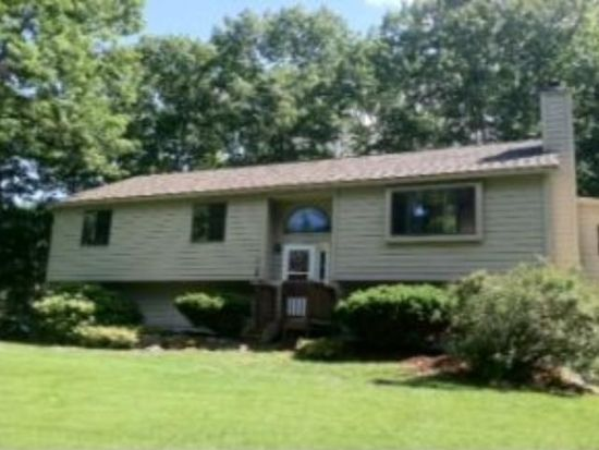 21 Colony Brook Ln, Derry, NH 03038