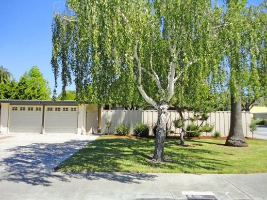 1054 Arrowhead Way, Palo Alto, CA 94303
