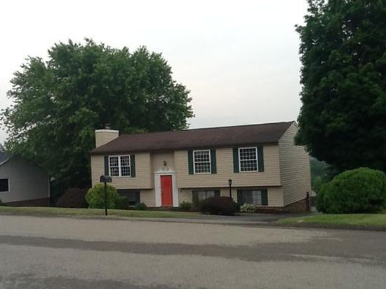 14 Torrington Dr, Greensburg, PA 15601