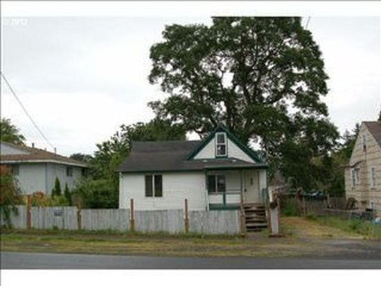 224 N 6th St, Saint Helens, OR 97051