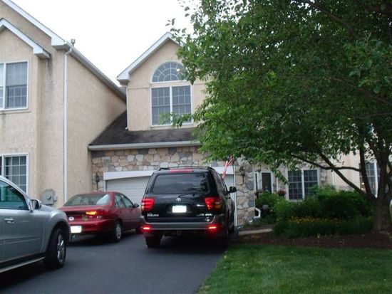 241 Winged Foot Dr, Blue Bell, PA 19422