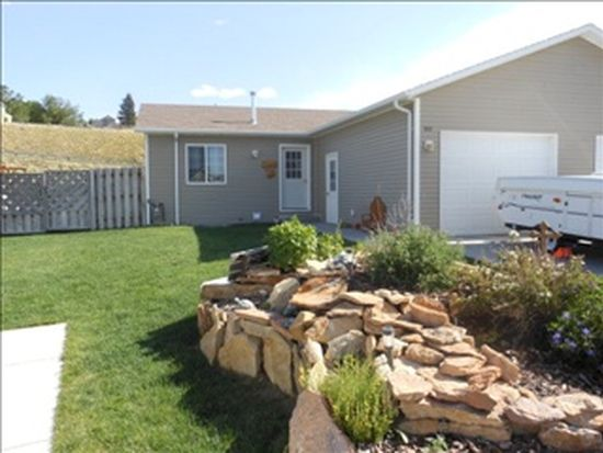 1212 Whitewater Ave, Cody, WY 82414