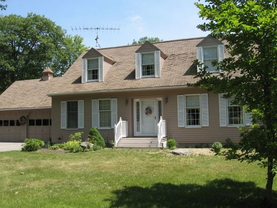 216 Governors Rd, Brookfield, NH 03872