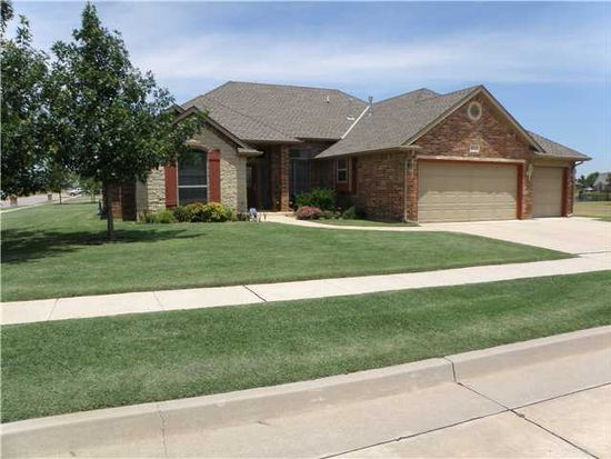 8613 NW 67th St, Oklahoma City, OK 73132