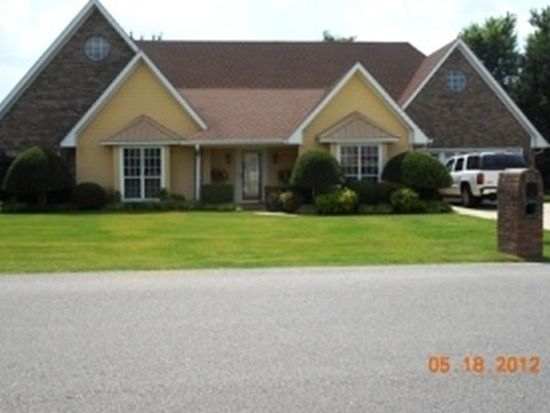 1745 Lakefield Dr, Tupelo, MS 38801