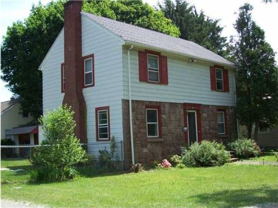824 N Winton Rd, Rochester, NY 14609
