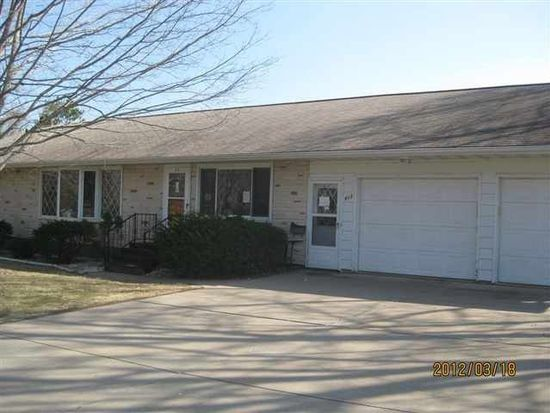 813 S 3rd Ave, Edgar, WI 54426