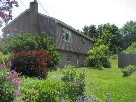 29 Brookfield Rd, Andover, MA 01810