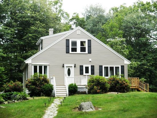 40 Abbott Rd, North Reading, MA 01864