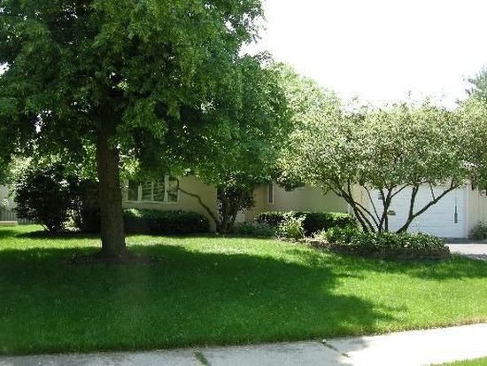412 Russet Ave, Naperville, IL 60565