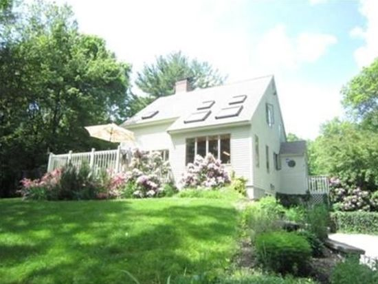 4 Kelly Brook Ln, West Newbury, MA 01985