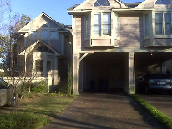 702 Marketview Ct, Fayetteville, NC 28301