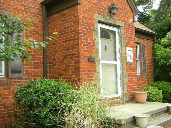 4056 Riveredge Rd, Cleveland, OH 44111
