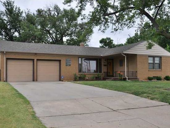 2344 George Washington Dr, Wichita, KS 67218