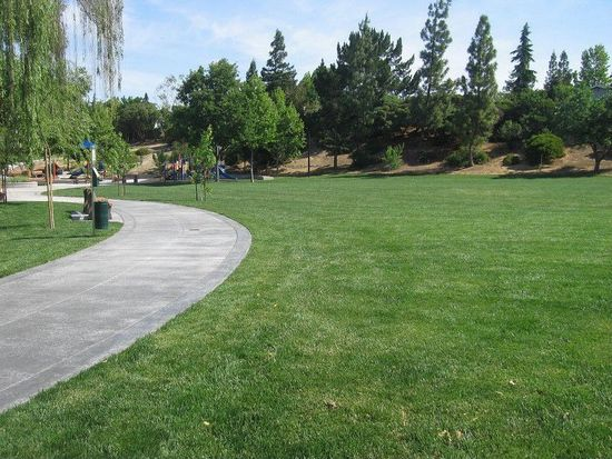 656 Fig Tree Ln, Martinez, CA 94553
