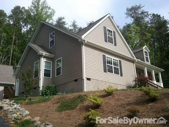 17 Creek Run Rd, Candler, NC 28715