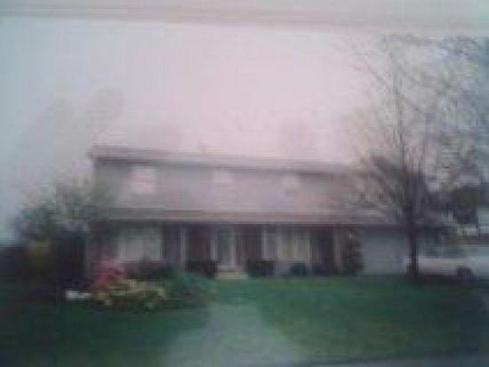 2925 Parkside Dr, Highland Park, IL 60035