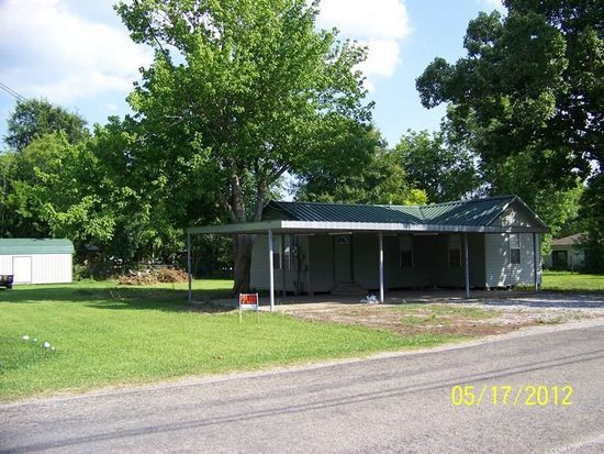1713 Ordway St, Port Neches, TX 77651