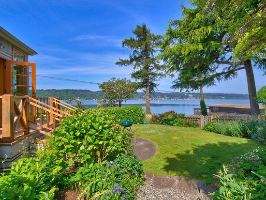 4366 Crystal Springs Dr NE, Bainbridge Island, WA 98110