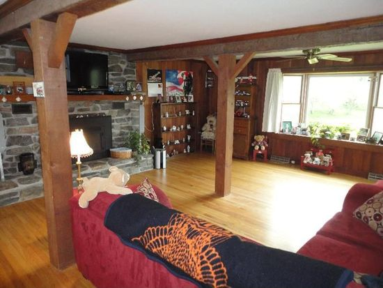 1338 Washington Mountain Rd, Washington, MA 01223