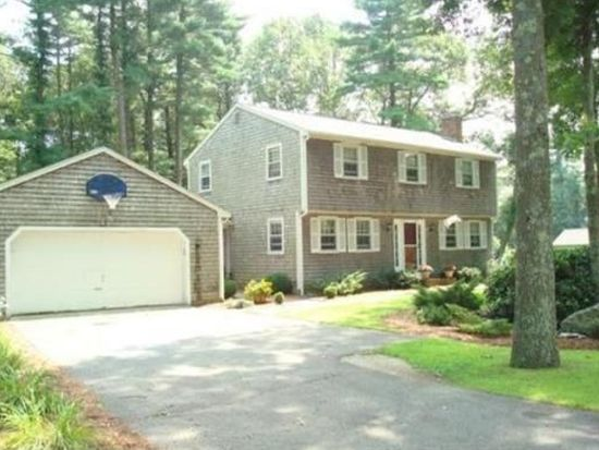 70 Stephanie Ln, Bridgewater, MA 02324