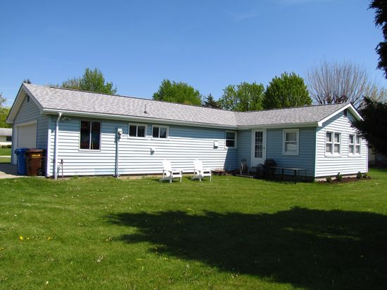 8 Barbara Dr, Columbia City, IN 46725