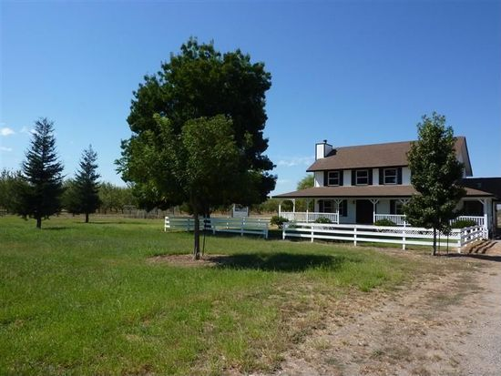 667 Almond Ave, Arbuckle, CA 95912