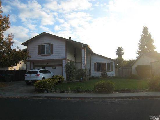 239 Brookdale Dr, Vacaville, CA 95687