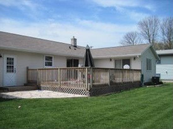1815 Hawthorne Ave, Two Rivers, WI 54241