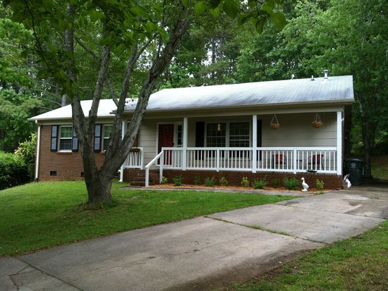6508 Keystone Dr, Raleigh, NC 27612