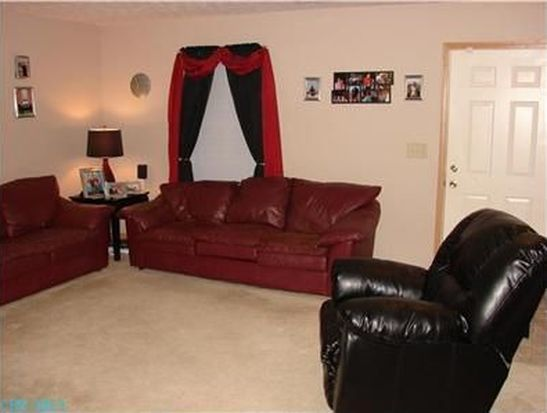 7511 Canal Highlands Blvd, Canal Winchester, OH 43110