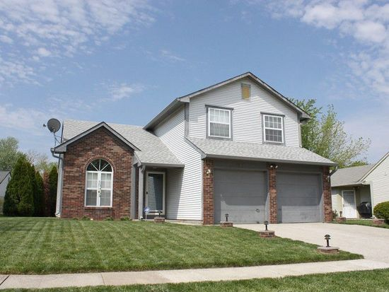 8862 Summer Walk Dr E, Indianapolis, IN 46227
