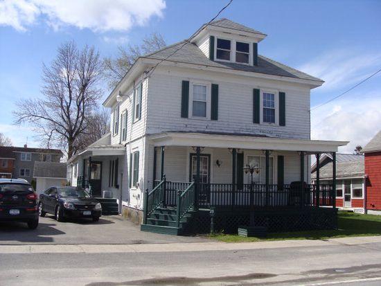 23 Pratt St, Rouses Point, NY 12979