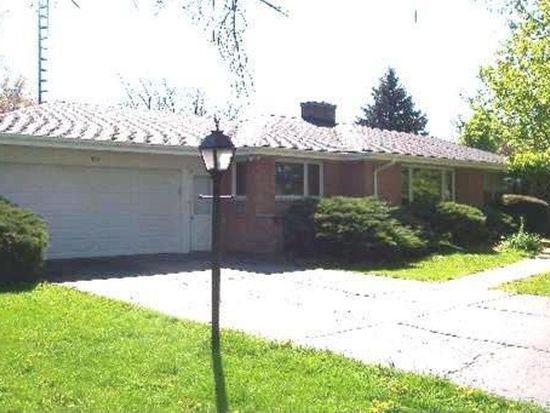 323 Hill Ave, North Aurora, IL 60542