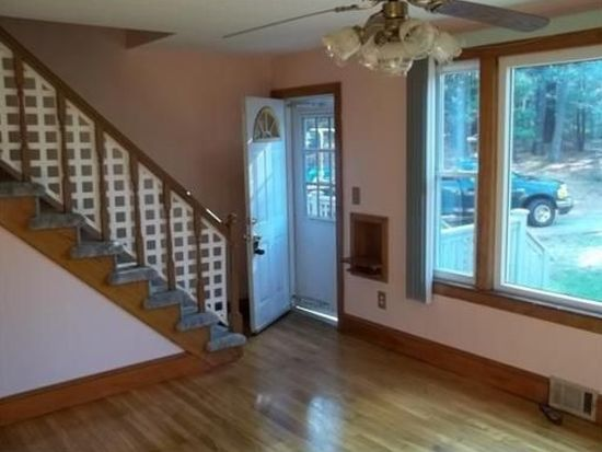 87 Howland Rd, Lakeville, MA 02347