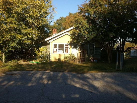 31 6th Ave, Greenville, SC 29609