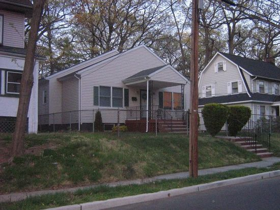 245 Stirling Ave, Orange, NJ 07050
