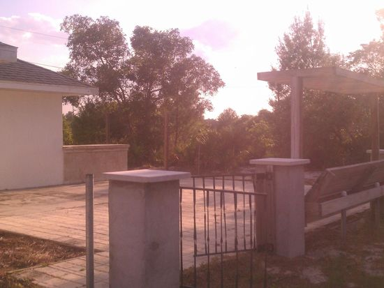 462 Blue Moon Ave, Lake Placid, FL 33852