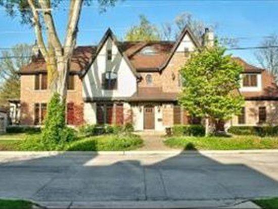 570 S Prospect Ave, Elmhurst, IL 60126