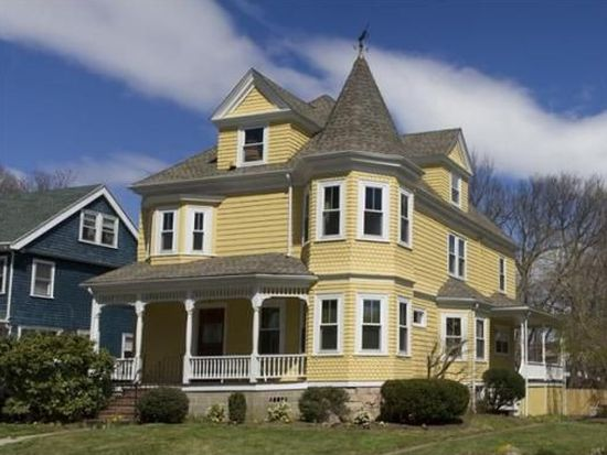 61 Hastings St, Boston, MA 02132