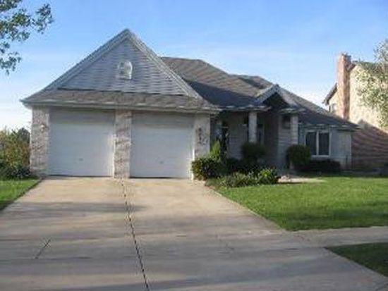 1230 Harleyford Rd, Woodridge, IL 60517