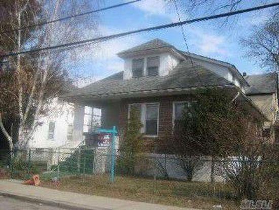 26 W End Ave, Inwood, NY 11096