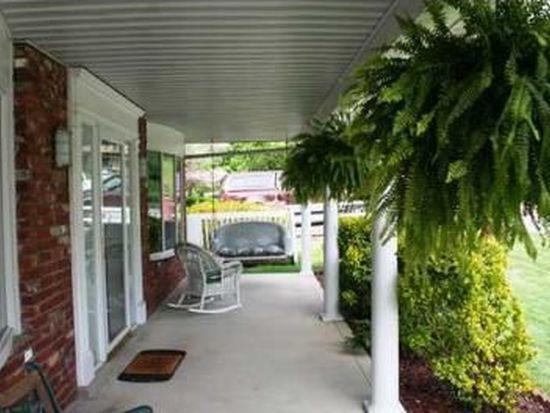 1981 Parkwood Rd, Charleston, WV 25314