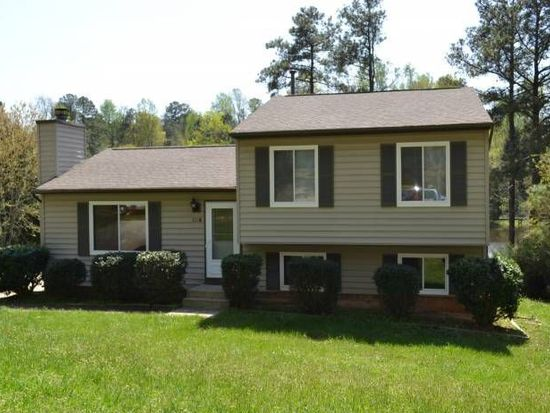 104 Wyatts Pond Ln, Cary, NC 27513